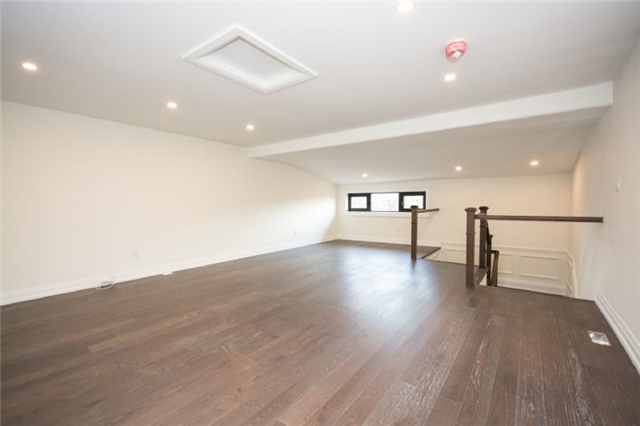 Detached at 303 Fiddlers Crt E, Pickering, Ontario. Image 17
