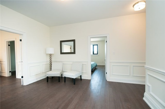 Detached at 303 Fiddlers Crt E, Pickering, Ontario. Image 4