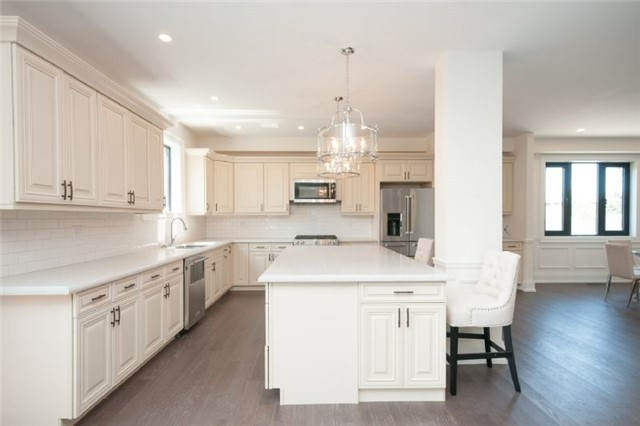 Detached at 303 Fiddlers Crt E, Pickering, Ontario. Image 7