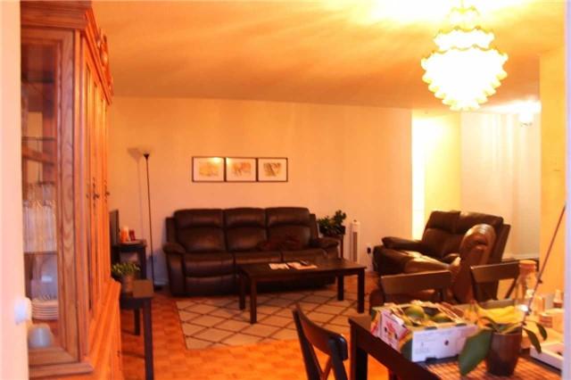 Condo Apartment at 180 Markham Rd, Unit #608, Toronto, Ontario. Image 8
