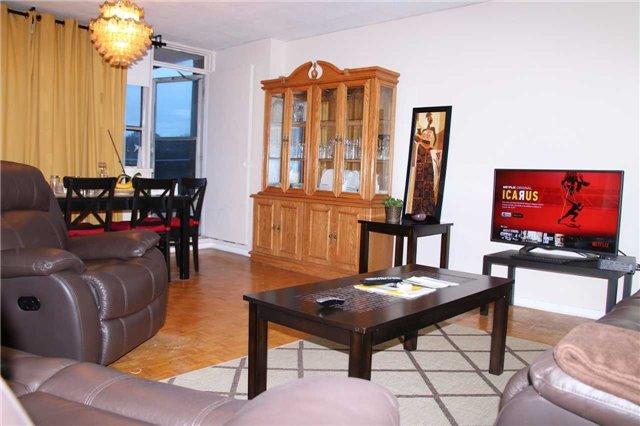 Condo Apartment at 180 Markham Rd, Unit #608, Toronto, Ontario. Image 11
