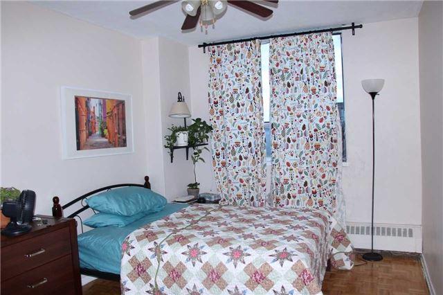 Condo Apartment at 180 Markham Rd, Unit #608, Toronto, Ontario. Image 3