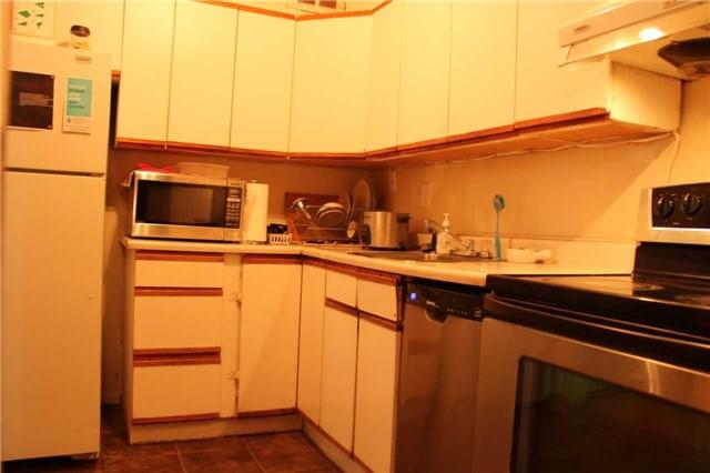 Condo Apartment at 180 Markham Rd, Unit #608, Toronto, Ontario. Image 5