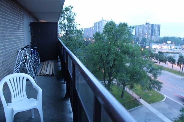 Condo Apartment at 180 Markham Rd, Unit #608, Toronto, Ontario. Image 6