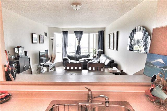 Condo Apartment at 11 Lee Centre Dr, Unit 511, Toronto, Ontario. Image 11