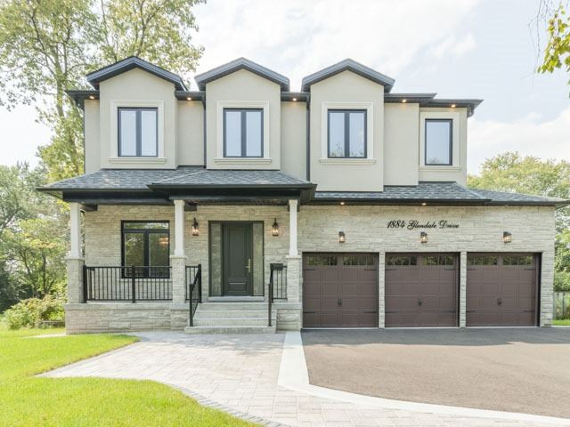 Detached at 1884 Glendale Dr, Pickering, Ontario. Image 1
