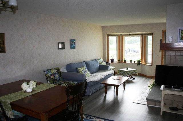 Condo Townhouse at 234 Water St, Scugog, Ontario. Image 11