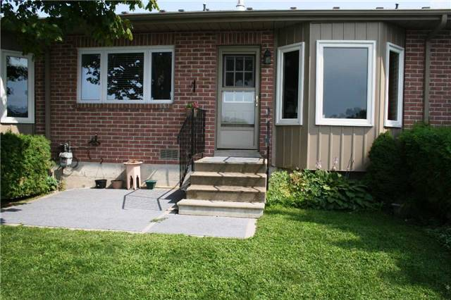 Condo Townhouse at 234 Water St, Scugog, Ontario. Image 4