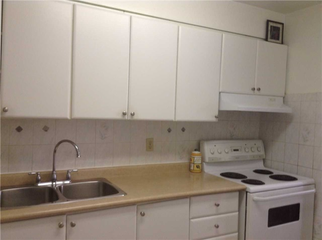 Condo Apartment at 5 Massey Sq, Unit 211, Toronto, Ontario. Image 19