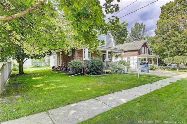 Detached at 406 Walnut St W, Whitby, Ontario. Image 9