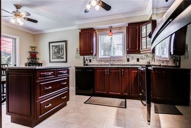 Detached at 97 Kingswood Dr, Clarington, Ontario. Image 14