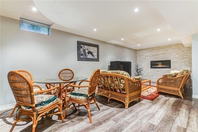 Detached at 97 Kingswood Dr, Clarington, Ontario. Image 5