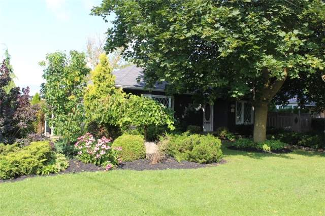 Detached at 1722 Victoria St, Pickering, Ontario. Image 14