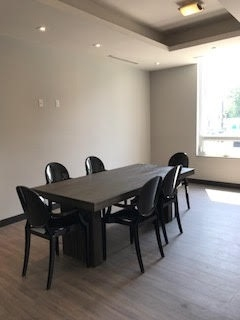 Condo Apartment at 3560 St Clair Ave S, Unit 109, Toronto, Ontario. Image 3
