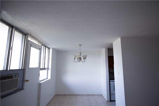 Condo Apartment at 100 Dundalk Dr, Unit 103, Toronto, Ontario. Image 2
