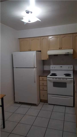 Condo Apartment at 2627 Mccowan Rd, Unit 118, Toronto, Ontario. Image 6