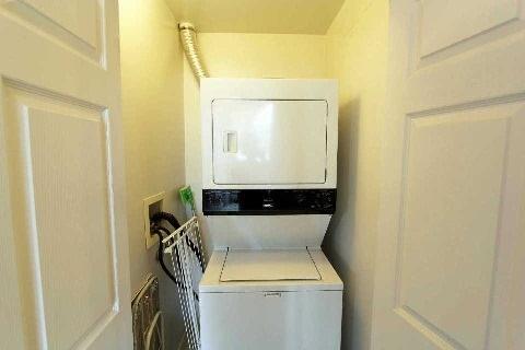 Condo Apartment at 2627 Mccowan Rd, Unit 118, Toronto, Ontario. Image 7