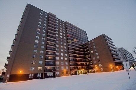Condo Apartment at 180 Markham Rd, Unit 1403, Toronto, Ontario. Image 1