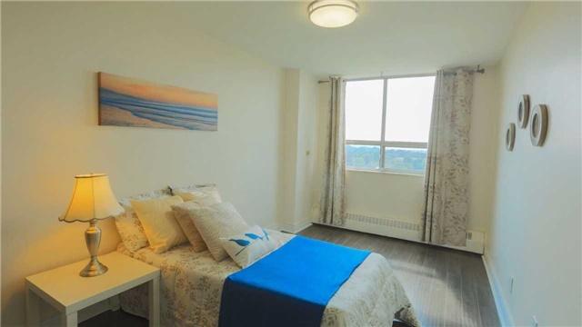 Condo Apartment at 180 Markham Rd, Unit 1403, Toronto, Ontario. Image 4