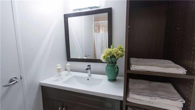 Condo Apartment at 180 Markham Rd, Unit 1403, Toronto, Ontario. Image 9