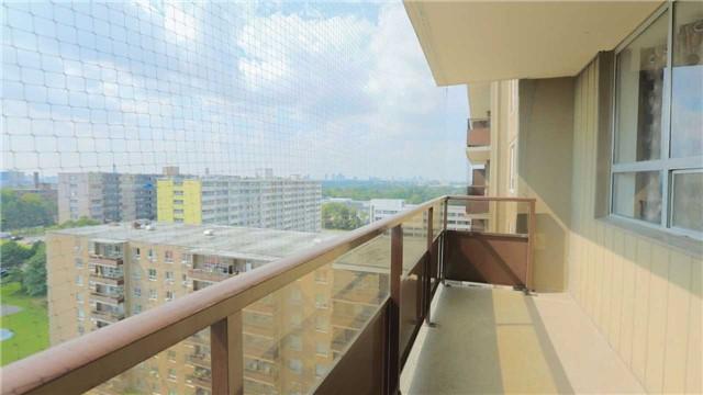 Condo Apartment at 180 Markham Rd, Unit 1403, Toronto, Ontario. Image 11