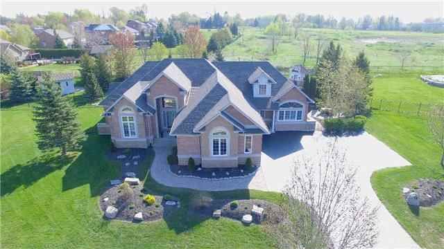 Detached at 9 Brae Valley Dr, Scugog, Ontario. Image 1