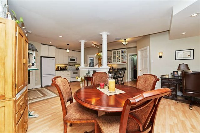 Detached at 9 Brae Valley Dr, Scugog, Ontario. Image 9