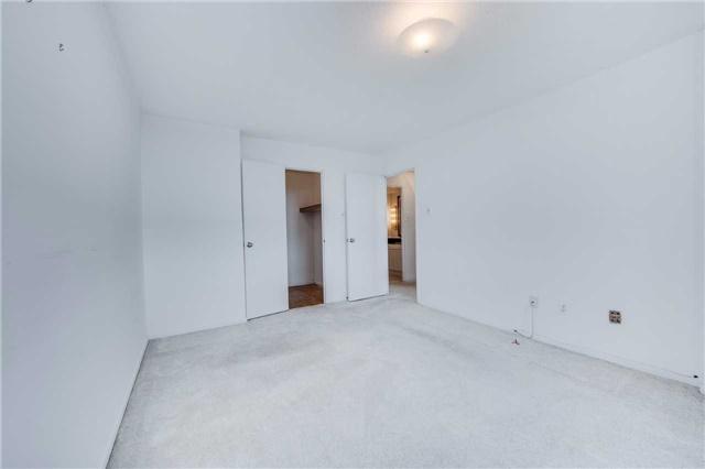 Condo Apartment at 2721 Victoria Park Ave, Unit 704, Toronto, Ontario. Image 3