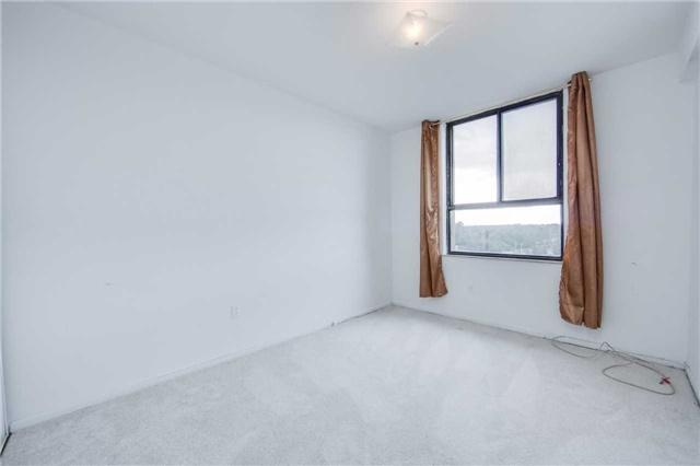 Condo Apartment at 2721 Victoria Park Ave, Unit 704, Toronto, Ontario. Image 4