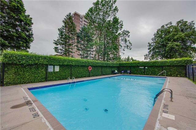 Condo Apartment at 2721 Victoria Park Ave, Unit 704, Toronto, Ontario. Image 11