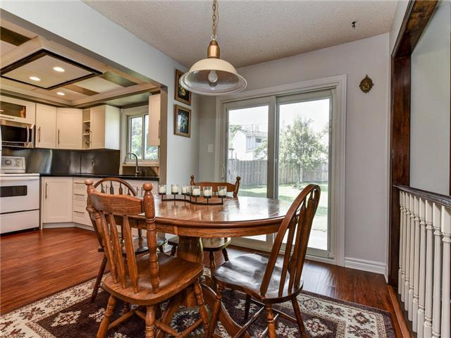 Detached at 29 Chadwick Dr, Ajax, Ontario. Image 7