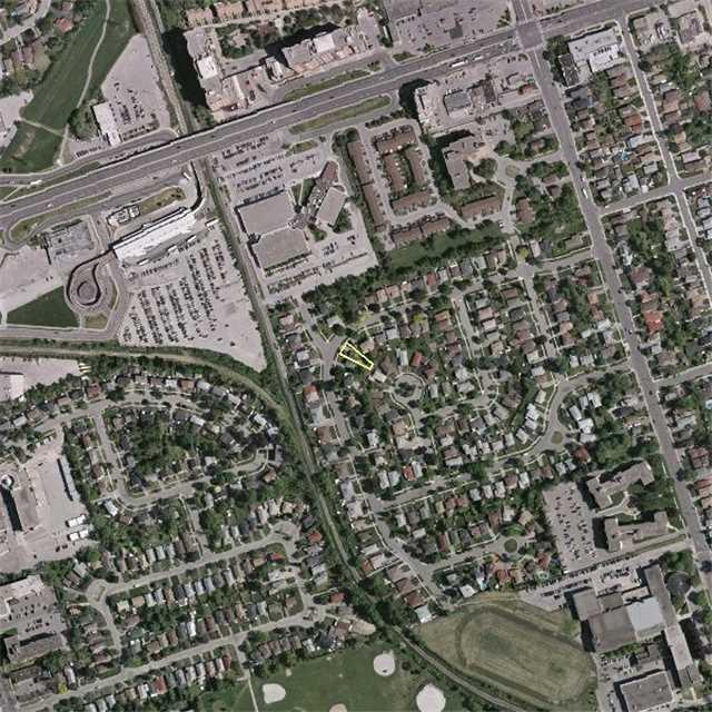 Semi-detached at 143 Benjamin Blvd, Toronto, Ontario. Image 5
