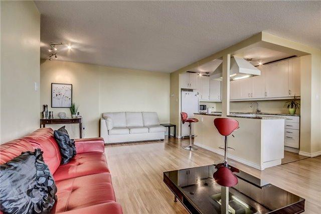 Condo Apartment at 301 Prudential Dr, Unit 612, Toronto, Ontario. Image 1