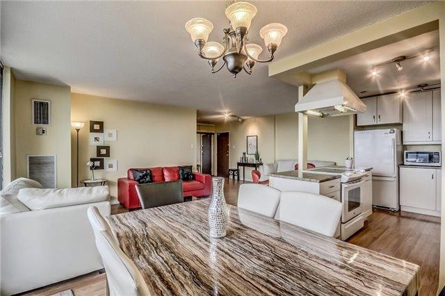 Condo Apartment at 301 Prudential Dr, Unit 612, Toronto, Ontario. Image 16
