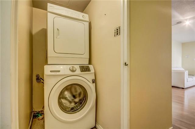 Condo Apartment at 301 Prudential Dr, Unit 612, Toronto, Ontario. Image 6