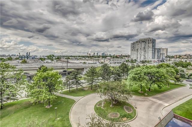 Condo Apartment at 301 Prudential Dr, Unit 612, Toronto, Ontario. Image 13