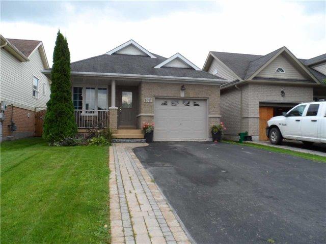 Detached at 575 Falconridge Dr, Oshawa, Ontario. Image 1