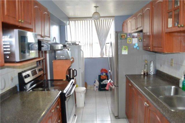 Condo Apartment at 20 Gilder Dr, Unit 207, Toronto, Ontario. Image 4