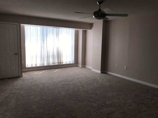Condo Apartment at 452 Scarborough Golf Clu Rd, Unit 201, Toronto, Ontario. Image 16