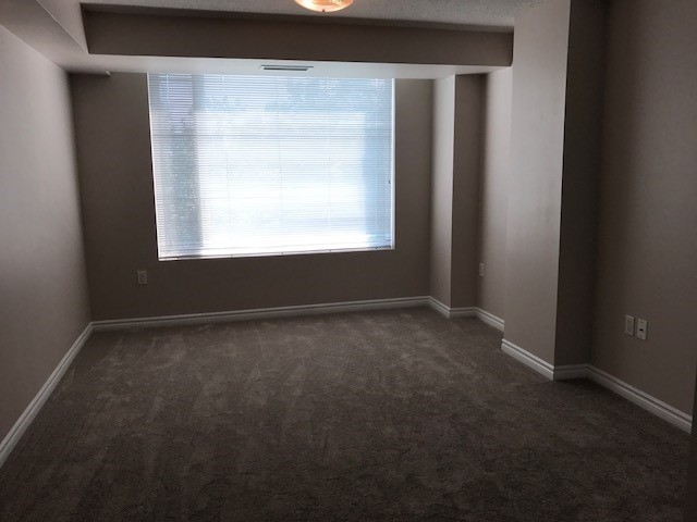 Condo Apartment at 452 Scarborough Golf Clu Rd, Unit 201, Toronto, Ontario. Image 5