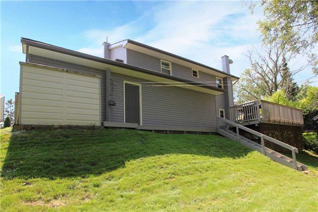Detached at 32 Andrew St, Clarington, Ontario. Image 13