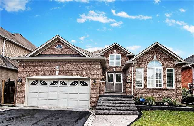 Detached at 34 Sonley Dr, Whitby, Ontario. Image 1