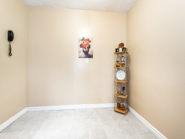 Condo Apartment at 3420 Eglinton Ave E, Unit 805, Toronto, Ontario. Image 15