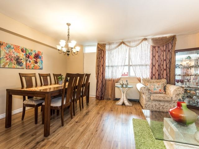Condo Apartment at 3420 Eglinton Ave E, Unit 805, Toronto, Ontario. Image 19