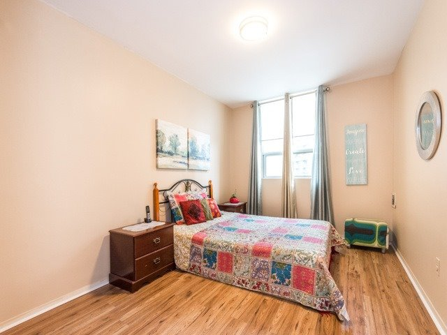 Condo Apartment at 3420 Eglinton Ave E, Unit 805, Toronto, Ontario. Image 3