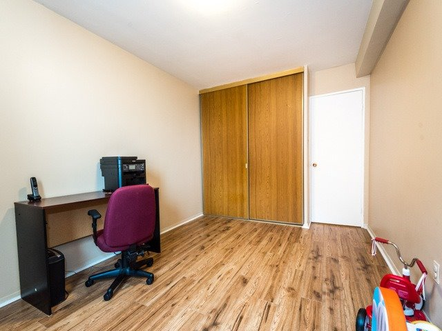 Condo Apartment at 3420 Eglinton Ave E, Unit 805, Toronto, Ontario. Image 5