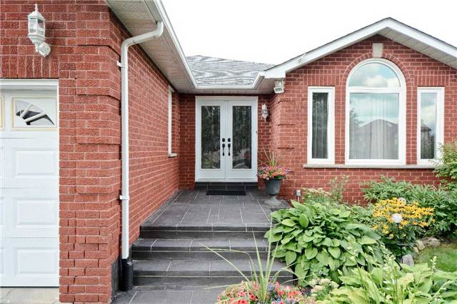 Detached at 87 Kingswood Dr, Clarington, Ontario. Image 12