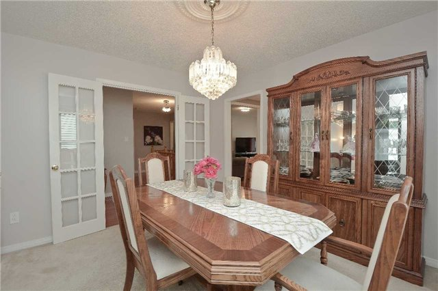 Detached at 87 Kingswood Dr, Clarington, Ontario. Image 16