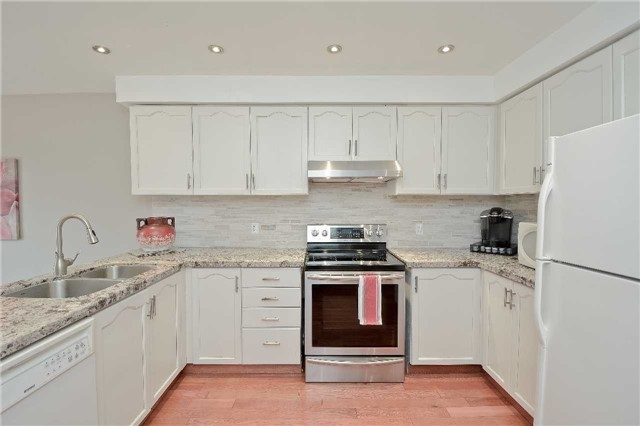 Detached at 87 Kingswood Dr, Clarington, Ontario. Image 17