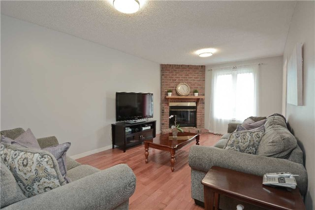 Detached at 87 Kingswood Dr, Clarington, Ontario. Image 20
